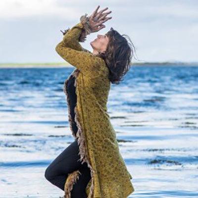 Mari Kennedy 'Yoga, Celtic Wisdom and Embracing Imperfection'